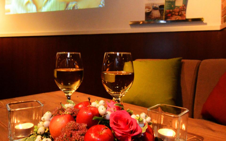 「三宮のお洒落イタリアンカフェで着席スタイル&BIGコンパパーティー(男女共に24-38歳)」