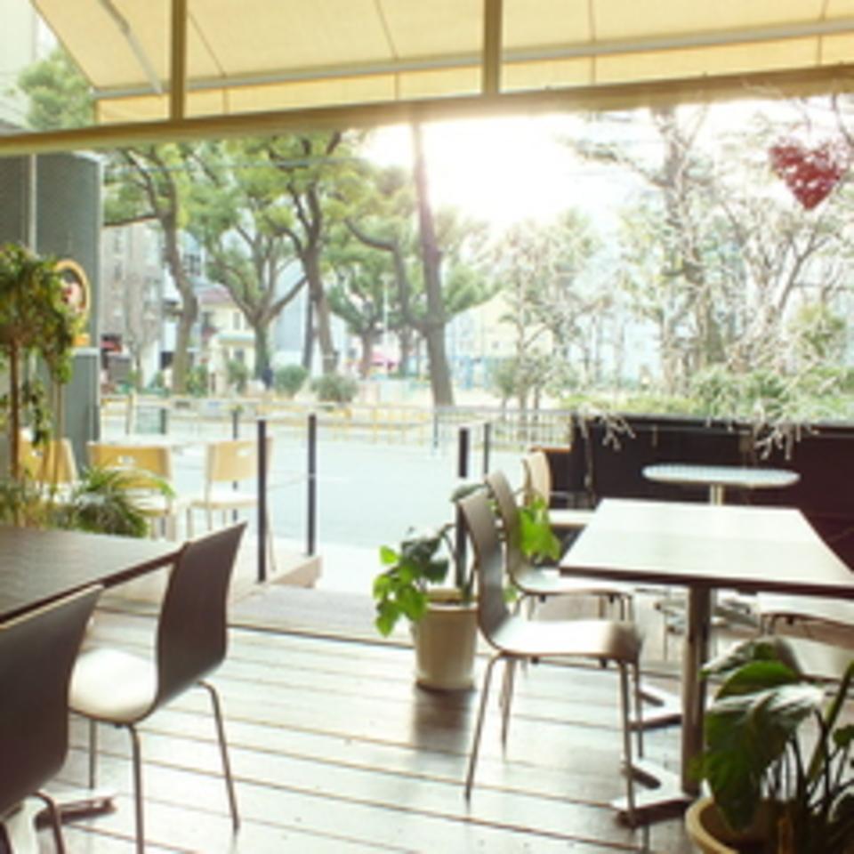 【※開催中止※】お洒落なカフェで恋マッチ「1対1の着席会話&30代男女メイン(男女共に29-42歳)お食事&フリードリンク付き」