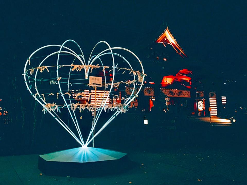 ナイトタイム限定☆神秘的ライトアップ!580の灯りが灯るナイトパワースポットへ星月夜参り♡夜の神社散策コン♪【神田】