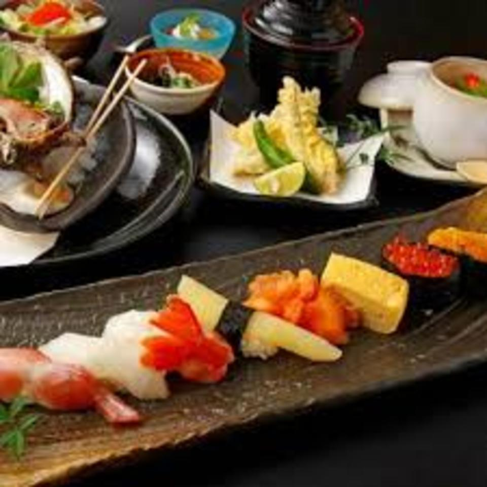 少数合コン☆雨の心配なし銀座駅直結便利な会場☆味覚の寿司ランチコン♪
