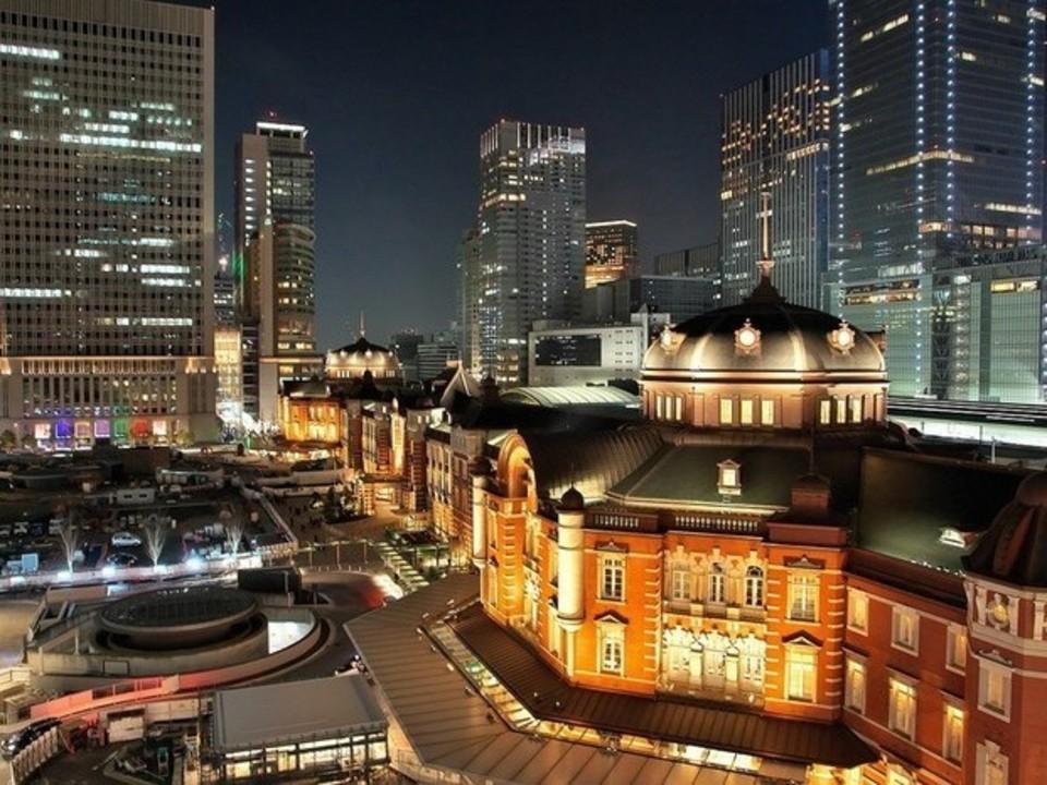 お花見シーズンに!夜の東京駅〜のんびり皇居1周!夜桜ウォーキングコン!