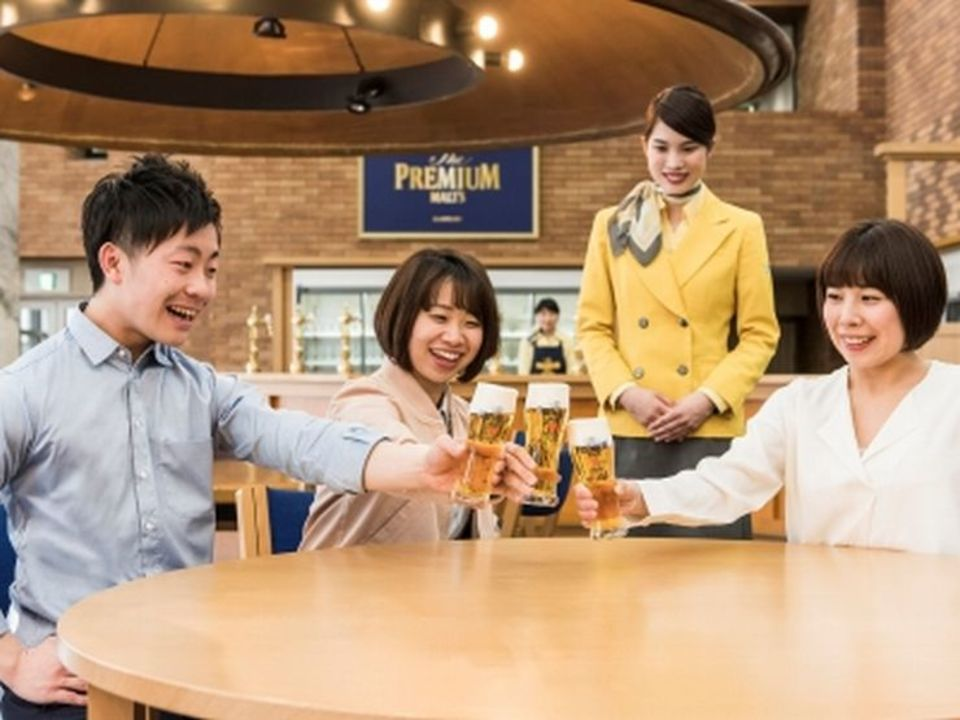 麦芽とホップと天然水の搾りたてビールを試飲出来る!東京ビール工場見学コン【大人世代中心】