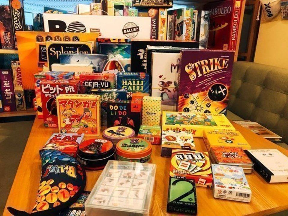 『20代中心』ボードゲームが交流の見方☆楽しく盛り上がろう!大人のボードゲームコン@本町